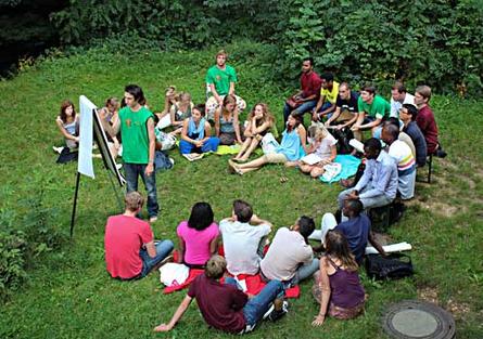 Nachhaltiges Arbeiten: Einige der entwickelten Ideen trugen die Jugendlichen als Delegierte später in der UN-Generalversammlung vor.