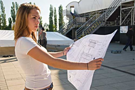 Keinen Plan, wie es weitergehen soll? Das Projekt NewStart berät Studienzweifler bei der Karriereplanung und vermittelt Kontakte zu Unternehmen.