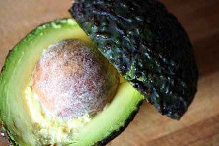 Die Avocado ist trotz ihres Fettgehalts ein absoluter Power-Lieferant.