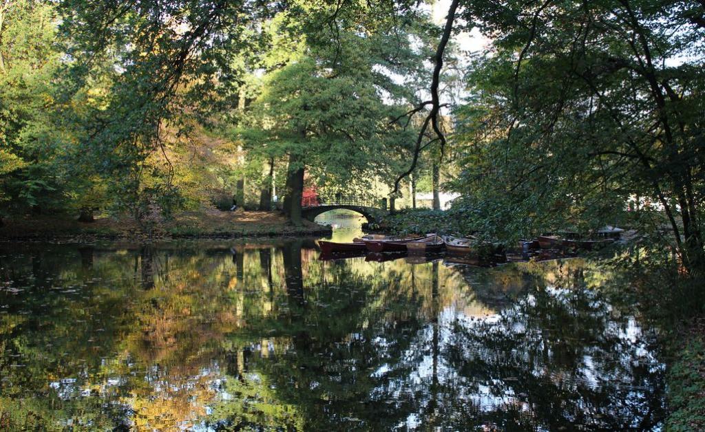 Der Bürgerpark ist Bremens grüne Lunge und bietet jede Menge Möglichkeiten für Freizeitaktivitäten. (c) Insa Lohmann
