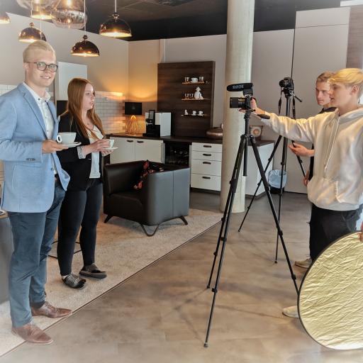 Henry Ponty, Nadine Vorwerk und hinter der Kamera Kilian Wolffgramm und Zino Greupner.