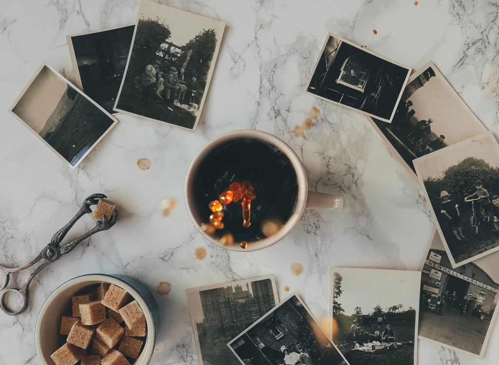 Sortiert die Bilder eurer Abenteuer und Erlebnisse und erstellt online ein Fotobuch.